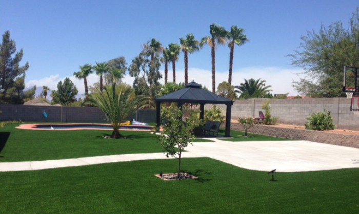 Artificial Grass for Commercial Applications in Redding, California